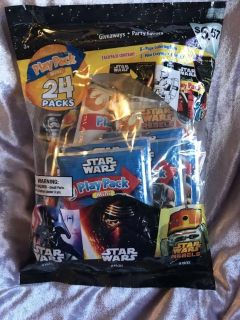 Pack of 24 Star Wars play pack minis