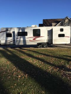 2014 Starcraft AUTUMN RIDGE 329BHU
