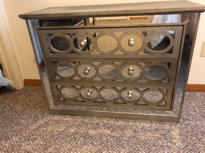 3 Drawer Dresser with Mirror Front