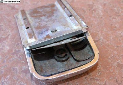 Type 34 ash tray