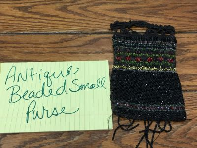 Antique beaded small purse nice condition for age glass beads Porch Pickup Marquette Hts Only