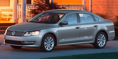 2012 Volkswagen Passat SE (Silver)