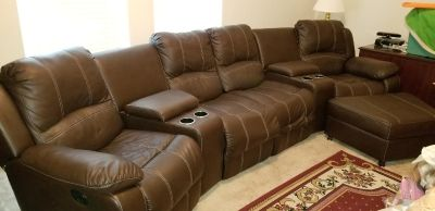 Nice reclinable sectional with foot rest
