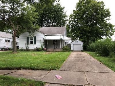 2 Bed 1 Bath Preforeclosure Property in Middletown, OH 45044 - Queen Ave
