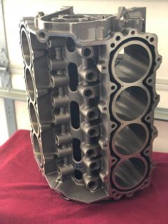 (NEW) DODGE R5P7 ENGINE BLOCK