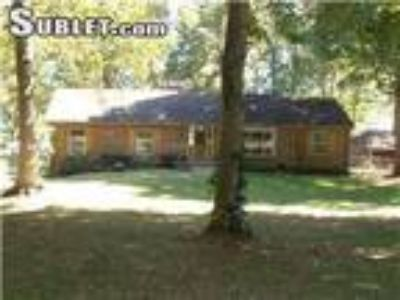 Four BR One BA In Sumner TN 37075