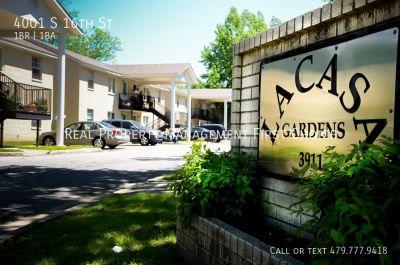 $300 Move In Special at La Casa Apartments