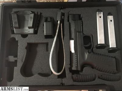 For Sale: Springfield Armory XD(M) .40 S&W