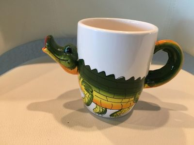 Alligator coffee cups. From Florida