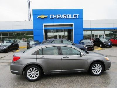 2013 Chrysler 200 Limited (Tungsten Metallic)