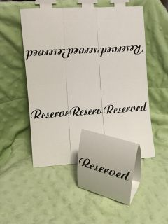 4 Reserved Table Cards