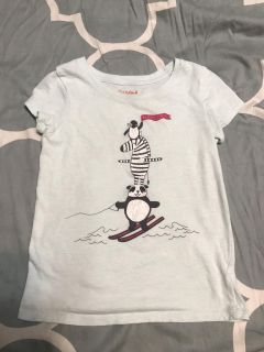 Cat and jack brand size 5T tshirt