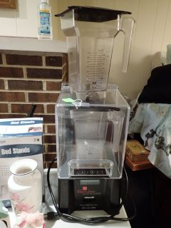 Restaurant Smoothie Maker - Blentec