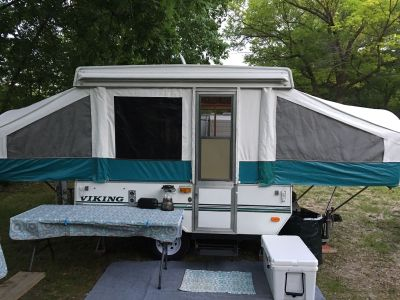 GLAMPED 1999 Viking 1906 Pop-Up Camper