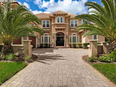 5232 Tallulah Lake CT Jacksonville Five BR, A Must See.