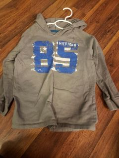 Tommy Hilfiger size 6 Long sleeved shirt with hood