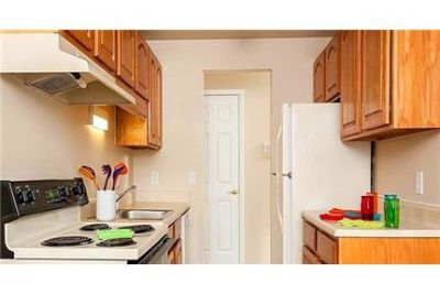 Rochester, 2 bed, 1.50 bath for rent. Pet OK!