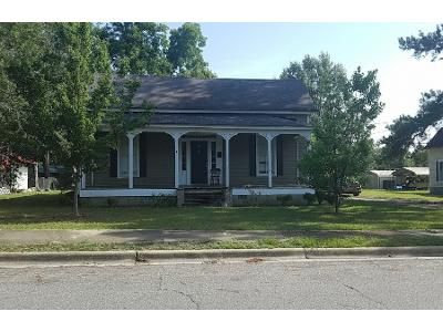 1.0 Bath Preforeclosure Property in Vienna, GA 31092 - E Pine St
