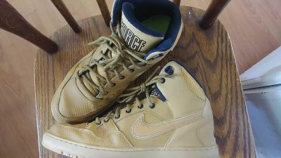 Tan and black mens air force one size 12
