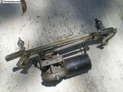 Porsche 911 / 912 Windshield Wiper Assembly