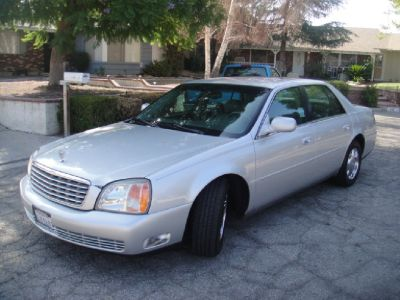 NICE AND CLASSY 2000 CADILLAC DEVILLE  IN HEMET