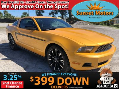 2011 Ford Mustang V6 Premium (Yellow)