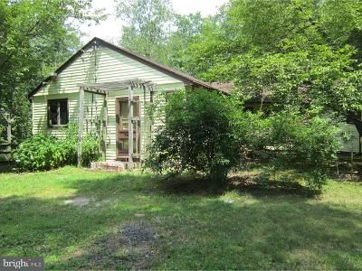 3 Bed 2 Bath Foreclosure Property in Berlin, NJ 08009 - Lakedale Rd
