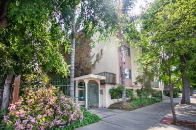 For Sale: 14850 Hesby St 202 in Sherman Oaks for $355,000