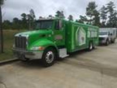 Used 2011 Peterbilt 337 in Lebanon, MO