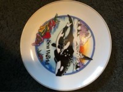 Sea World Plate 1994 Orca with baby