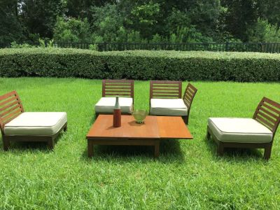 Wood Patio Furniture 5 pieces with Cushions