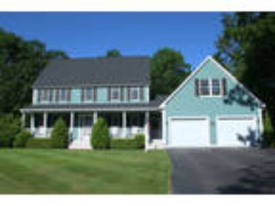 Outstanding Whippoorwill Family Home!