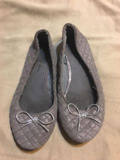 Silver flats size 3