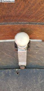 Oval wiper switch