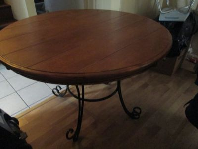 "50"" round table"