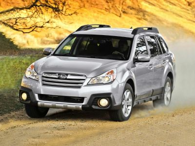 2013 Subaru Outback 2.5i Limited (Cypress Green Pearl)
