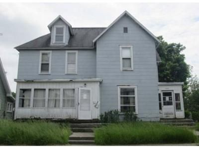 6 Bed 2 Bath Preforeclosure Property in Springfield, OH 45506 - W Mulberry St # 1225