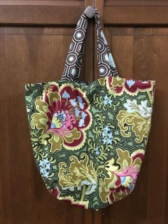 Double sided medium tote