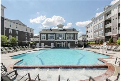 1 bedroom Apartment - One of Loudoun County's most exciting new destinations. Pet OK!