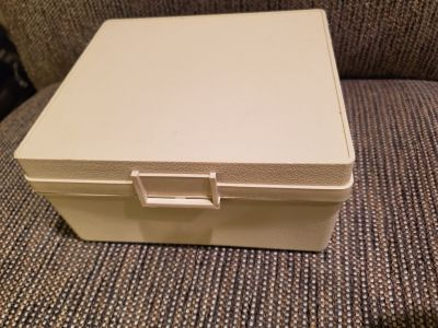 File box, approx 6x6x3in, vintage VGUC