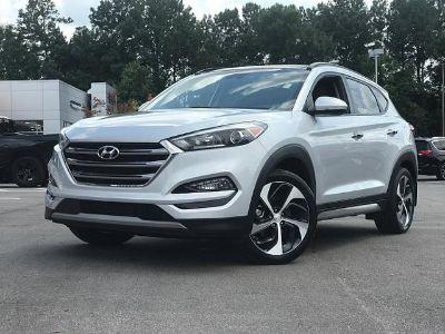 2017 Hyundai Tucson (Molten Silver)
