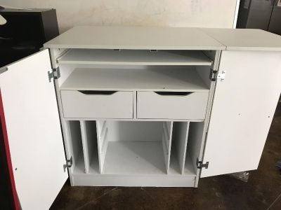 Sewing/craft table