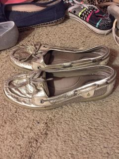 Sperry gold color boat shoes size 9 women's