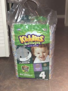 80 Diapers bag size 4