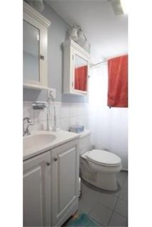 2 bedrooms Apartment - Spacious two bed two bath includes laundry in unit. Will Consider!