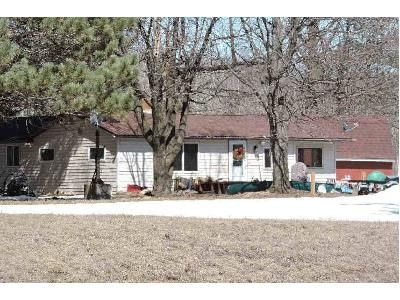2 Bed 1.5 Bath Foreclosure Property in Askov, MN 55704 - Degerstrom Rd