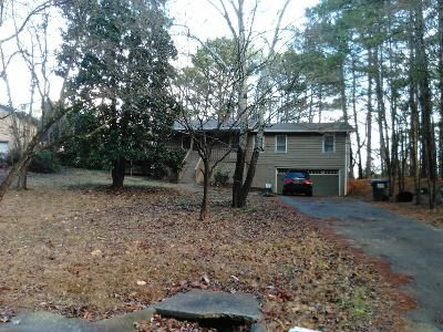 3 Bed 2 Bath Preforeclosure Property in Woodstock, GA 30189 - Lynford Ln