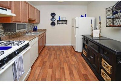2 Beds - Willow Lake Apartment Homes