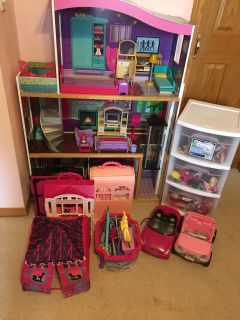HUGE lot of Barbie furniture, clothing, accessories and dolls!!!