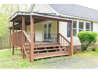 3 Bed 2 Bath Foreclosure Property in Reidsville, NC 27320 - Baker Crossroad Rd